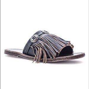 Matisse Dorado leather fringe sandal with conchos
